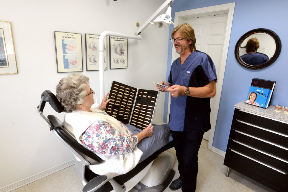 Pembroke Denture Centre services